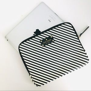 "Kate Spade iPad Case Black&White 8"" x 10"""